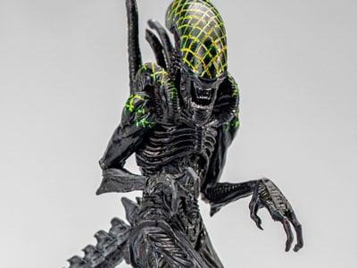 Alien Vs. Predator Grid Alien 1/18 Scale Figure
