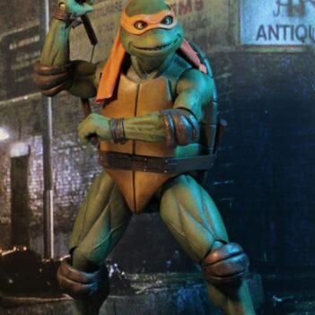TMNT (1990 Movie) Michelangelo 1/4 Scale Figure